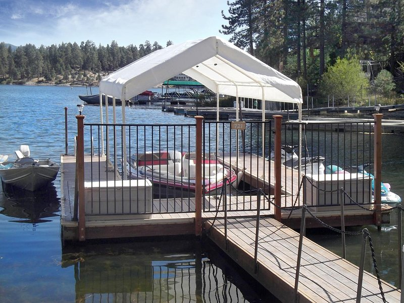 Private dock, see descriptions for lake level details