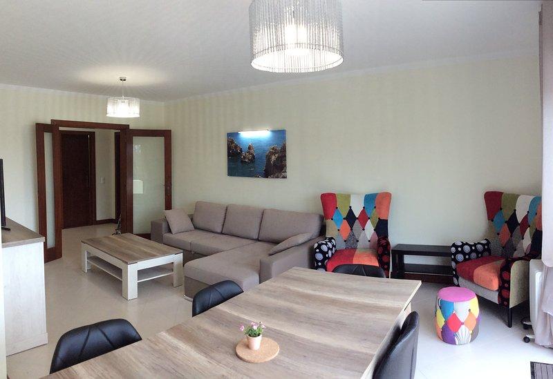 Living room, lunchroom