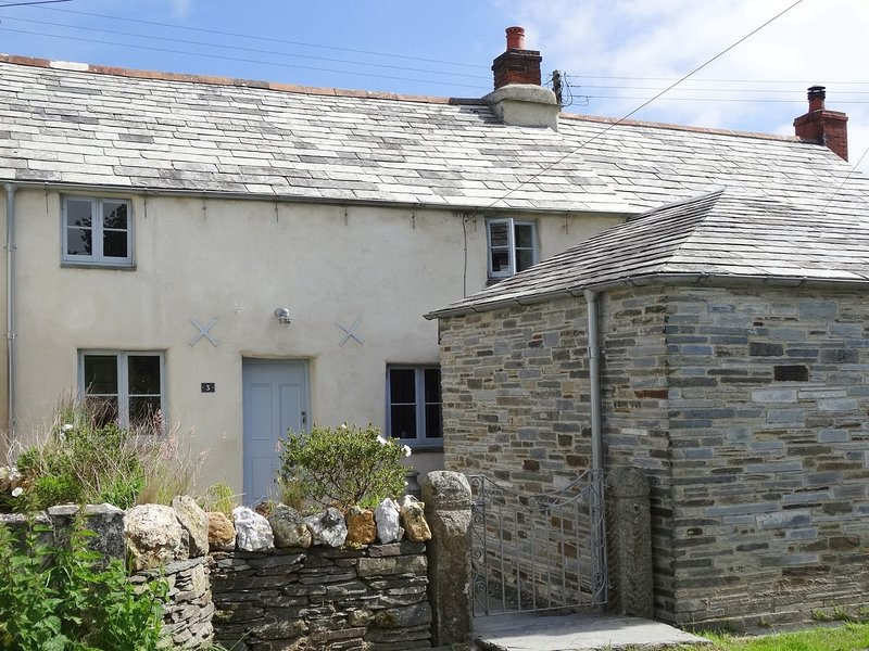 3 Newhall Green, St Teath, holiday rental in Treveighan