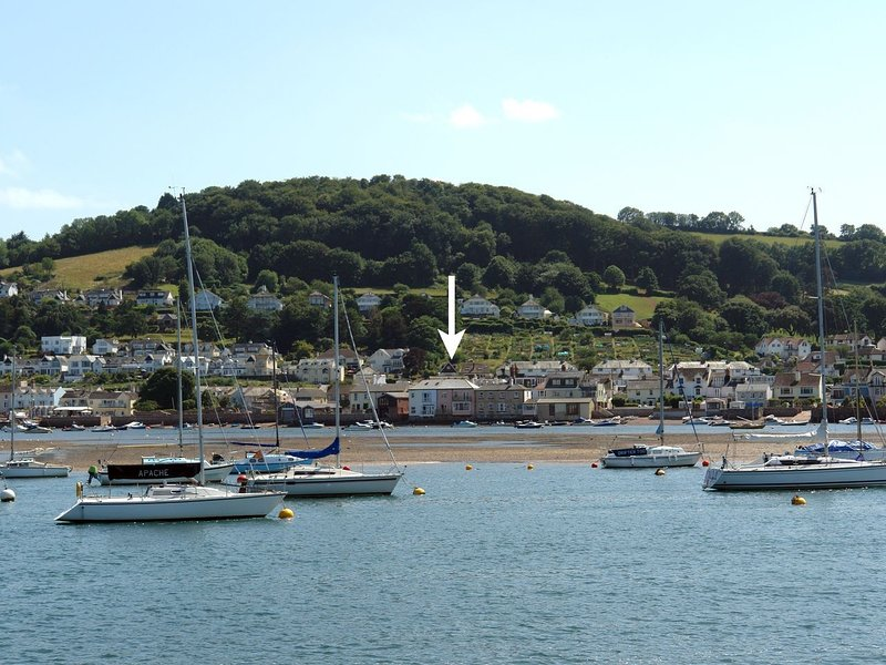 THE DOLPHINS, beach house in pretty seaside village with amazing beach and sea, location de vacances à Shaldon