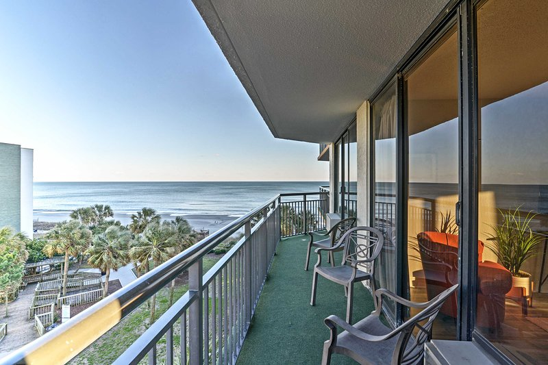 Run away to Myrtle Beach at this vacation rental condo!
