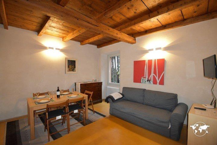 IML1020 Casa Suna 2 - Pallanza - Lago Maggiore, holiday rental in Pallanza