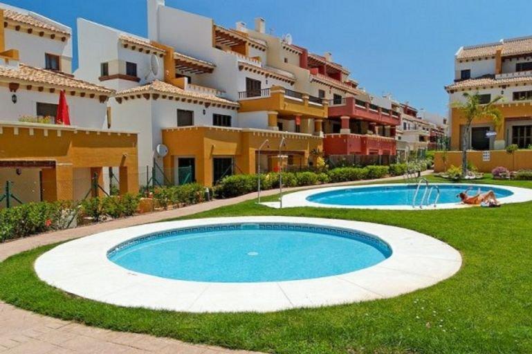 2 Bedroom Apartment in Costa Esuri, Costa de la Luz, vacation rental in Costa Esuri