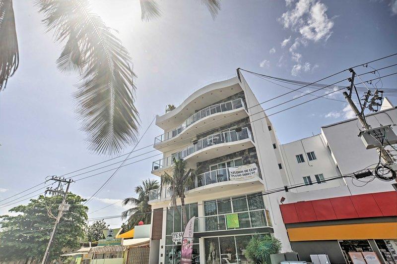 This studio is in the heart of Playa Del Carmen!