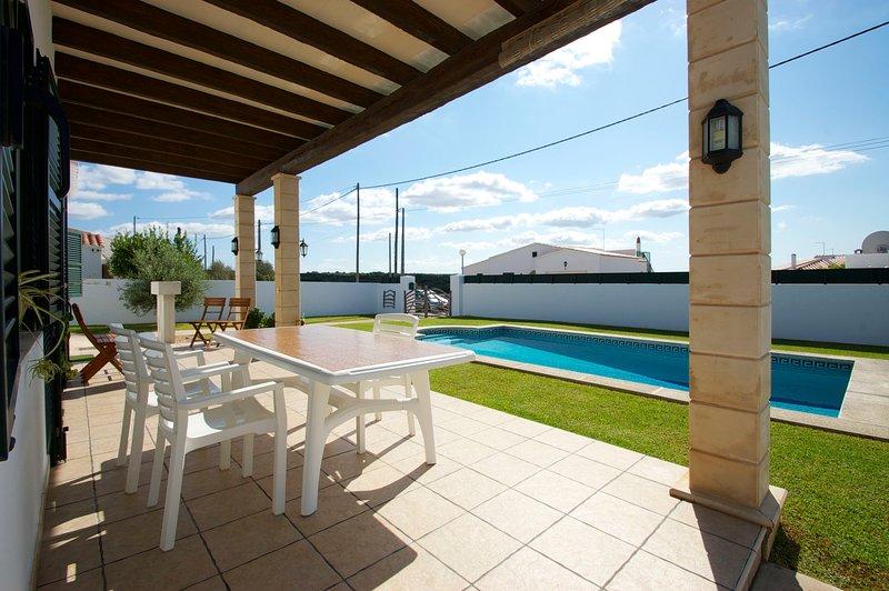 Cala en Porter Villa Sleeps 4 with Pool and WiFi - 5238078, location de vacances à Son Vitamina