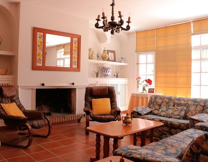 Spacious house with garden, alquiler vacacional en Provincia de Badajoz