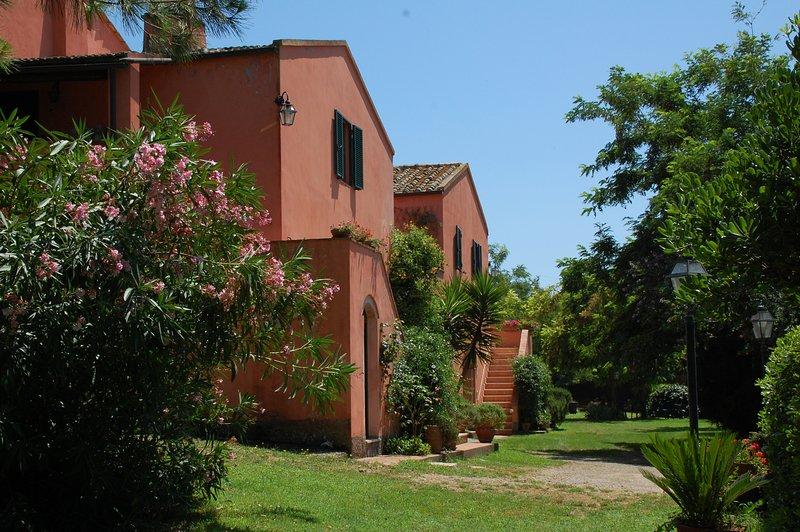 Il Poggio - Appartamento in Casale Orbetello, casa vacanza a Orbetello