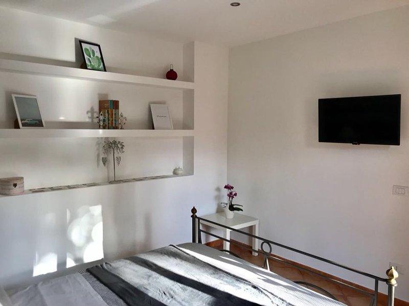 Holidays Home Sere appartamento raffinato e accogliente, holiday rental in Santa Venerina