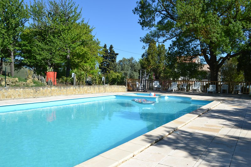 Big villa with shared pool & Wifi, vacation rental in Pech-Luna