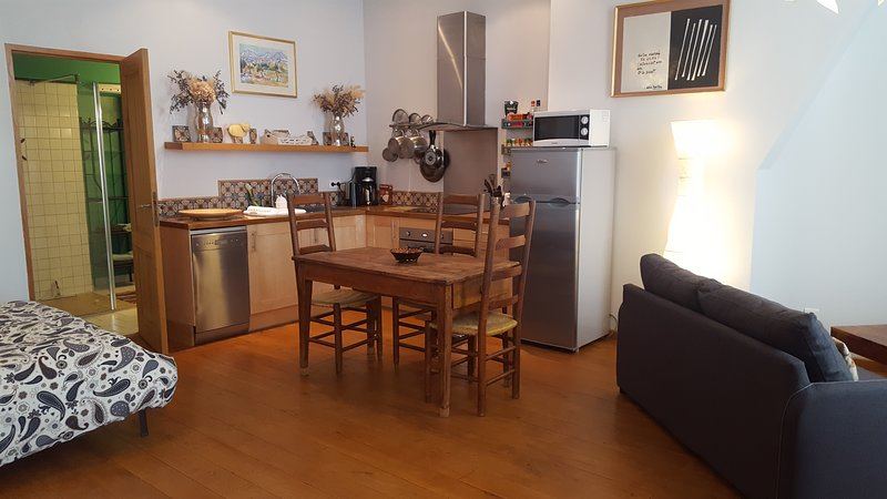 The kitchen, spacious and practical!