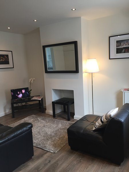 Comfortable and Modern City Holiday Let