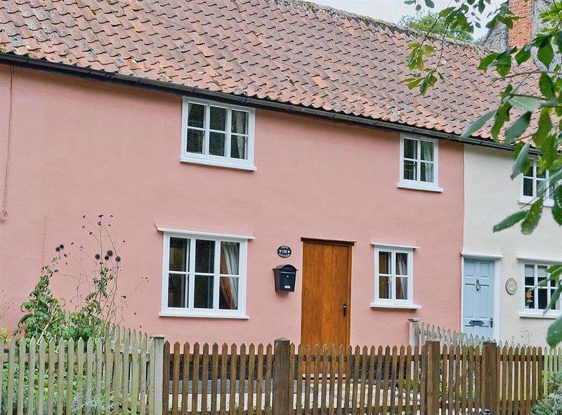 Dove Cottage, Thornham Magna, Suffolk, vacation rental in Stonham Aspal