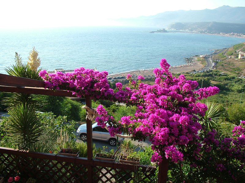 Bilocale Villaggio Turas, location de vacances à Bosa