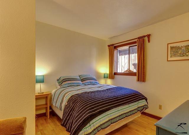 dormitorio de la reina de la planta baja.