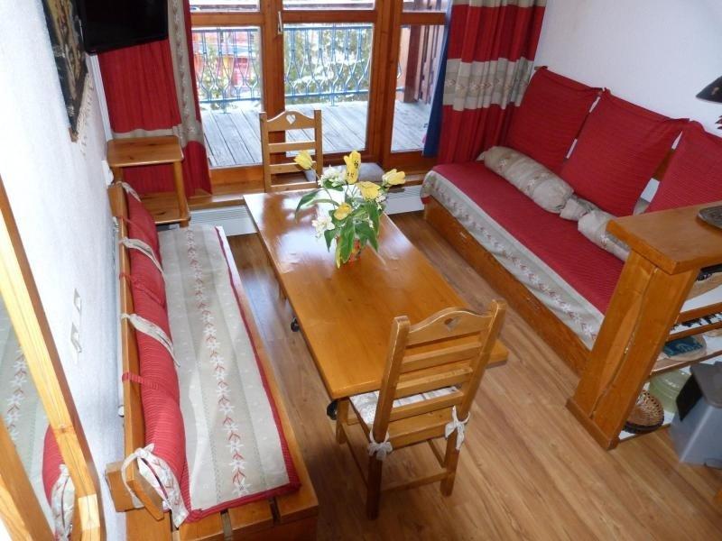 Appartement de charme en duplex, équipé pour 6 personnes, proche des pistes, holiday rental in Peisey-Vallandry