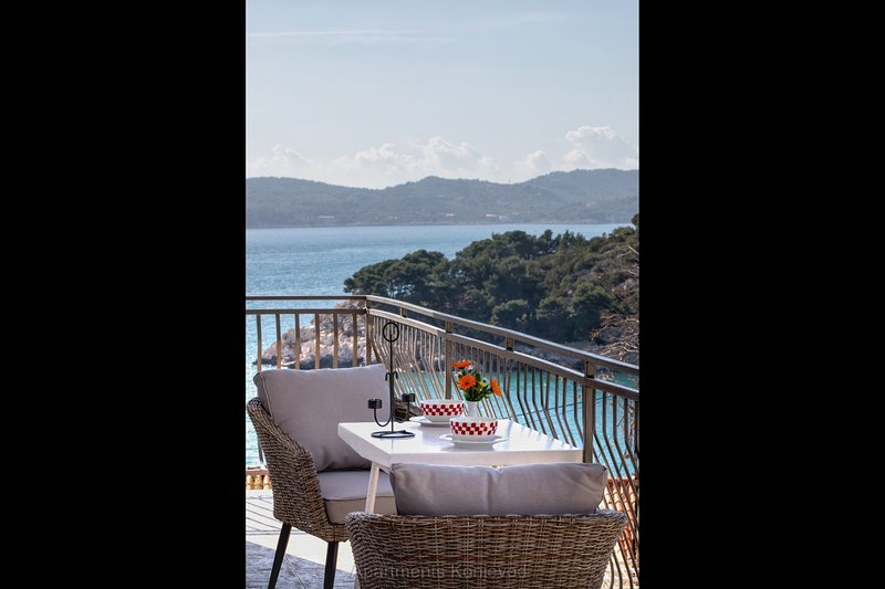 balcón con vistas al mar Amplio