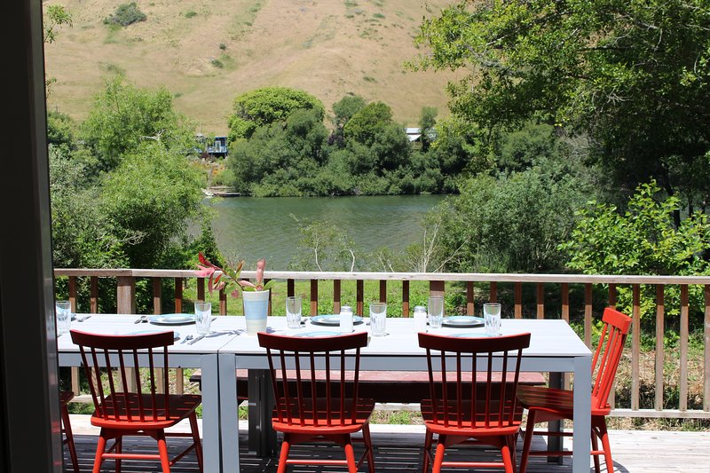 Howard's Place on the Russian River, holiday rental in Duncans Mills