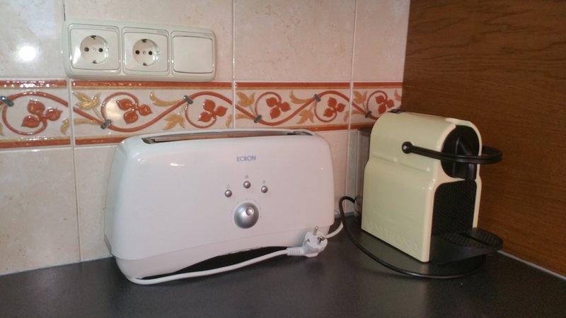 Nespreso und Toaster