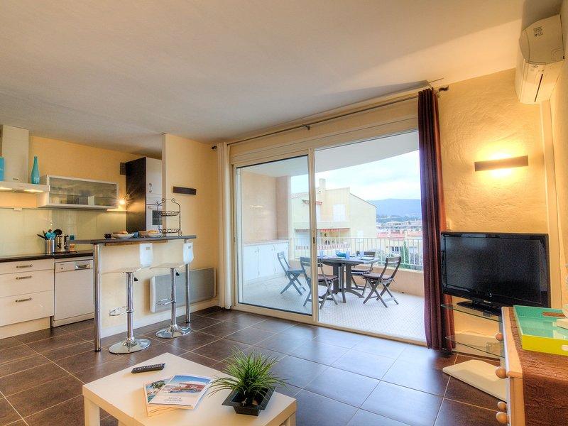 1 Bedroom Apartment In Cavalaire Sur Mer Provence Alpes Cote D Azur
