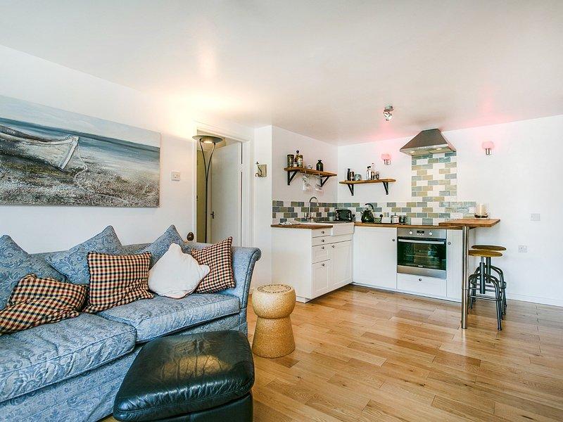 Open-plan lounge/diner/kitchen