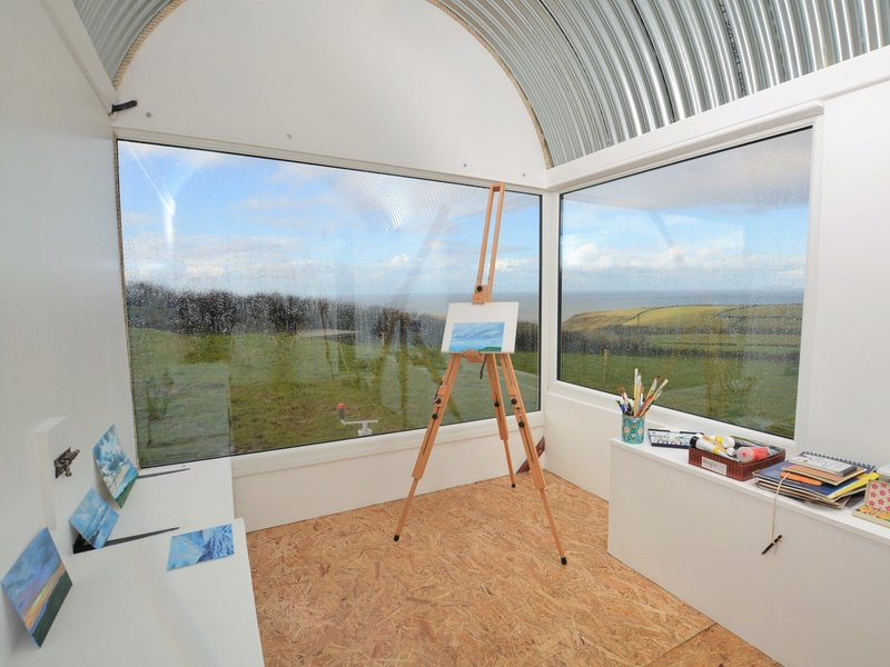 Create a stunning masterpiece in the pop-up art studio