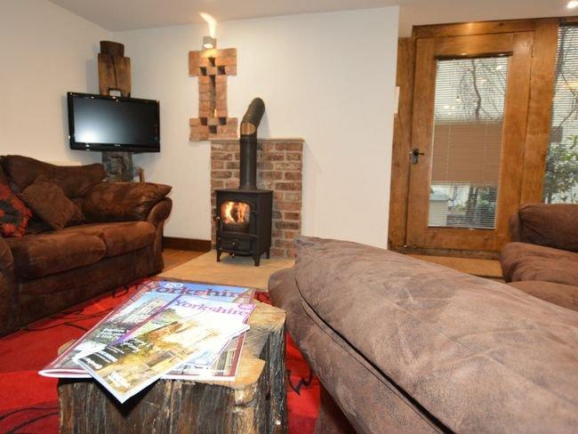 Lounge mit Kamin