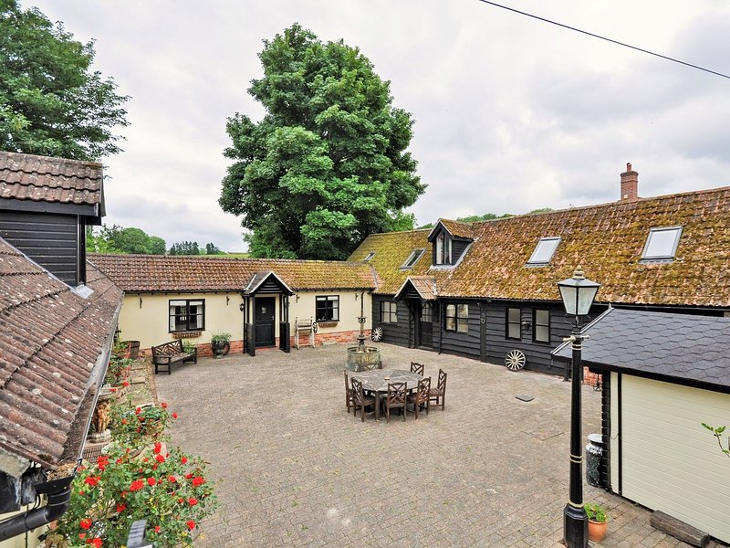 Detached property with enclosed courtyard