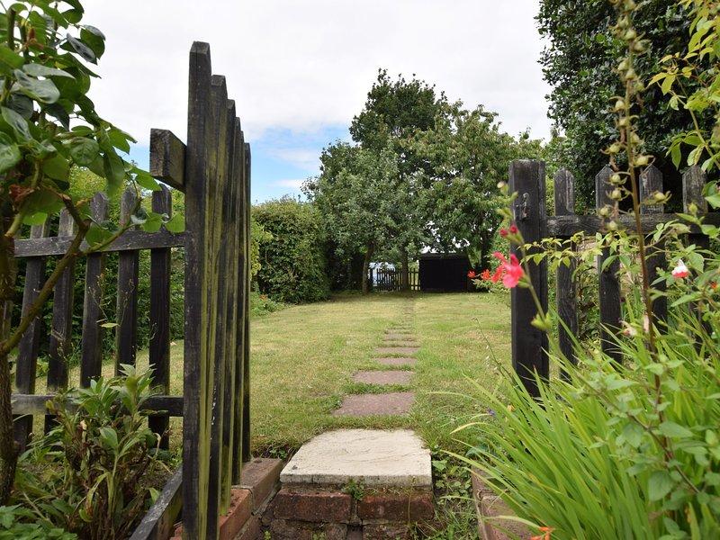 O jardim fechado é ideal para animais de estimação para explorar