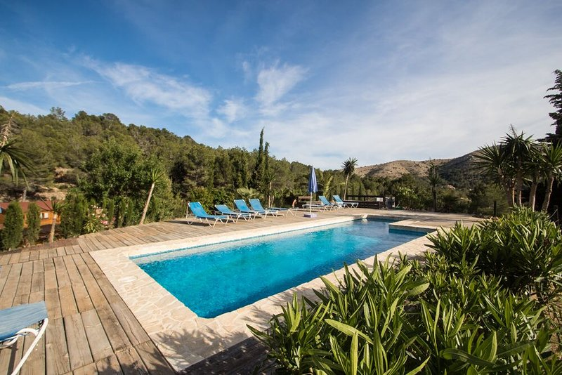 Nice house with pool access, vacation rental in Polop