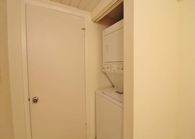 Washer&Dryer in Half Bath