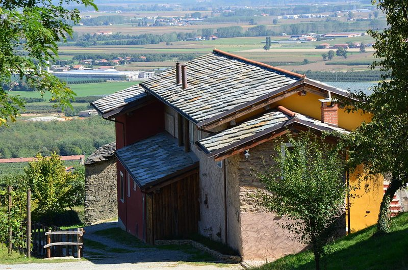 Agricola Bargiolina, vacation rental in Cavour