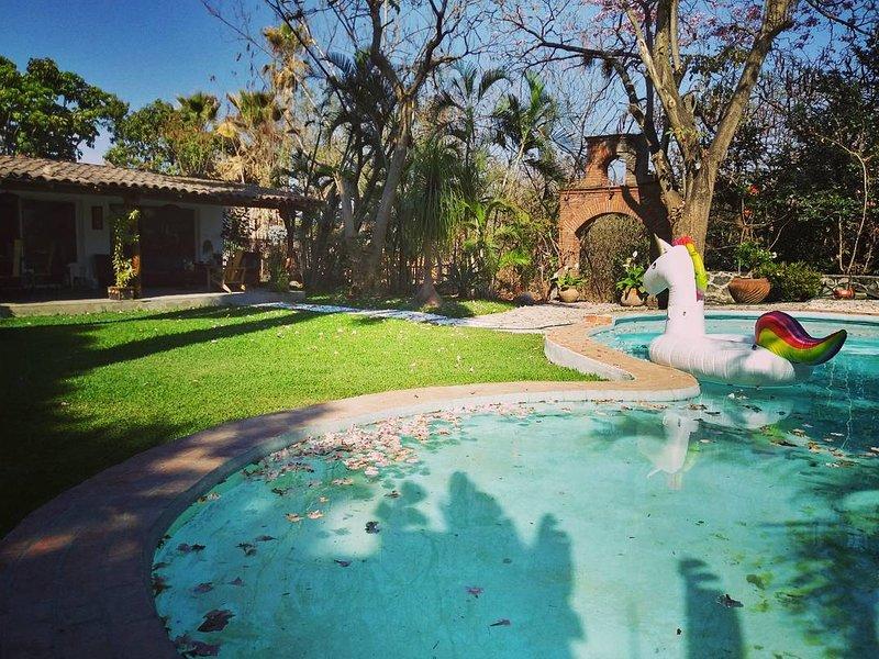1600mt2 family villa with pool, BBQ, hammock, sun deck, table games.