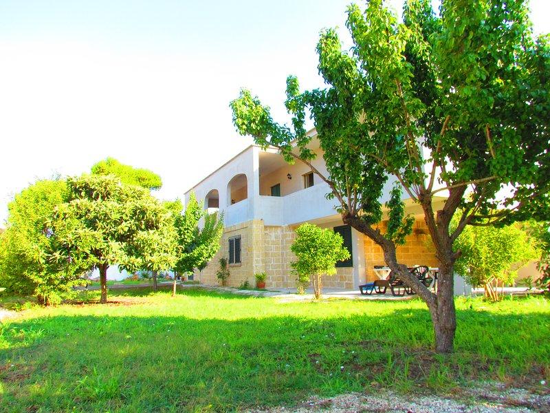 Appartamento vicino la spiaggia, location de vacances à Casalabate