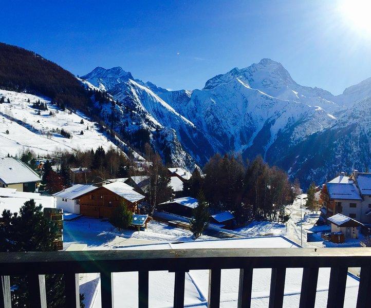 CENTRE ACCÈS DIRECT SKI/VÉLO 'LE DIABLE', CALME+ MÉNAGE, alquiler vacacional en Les Deux-Alpes