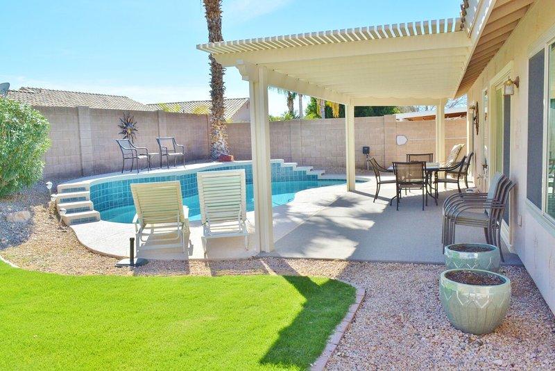 Ontspanning potentieel is top zittend naast het mooie privé zwembad!