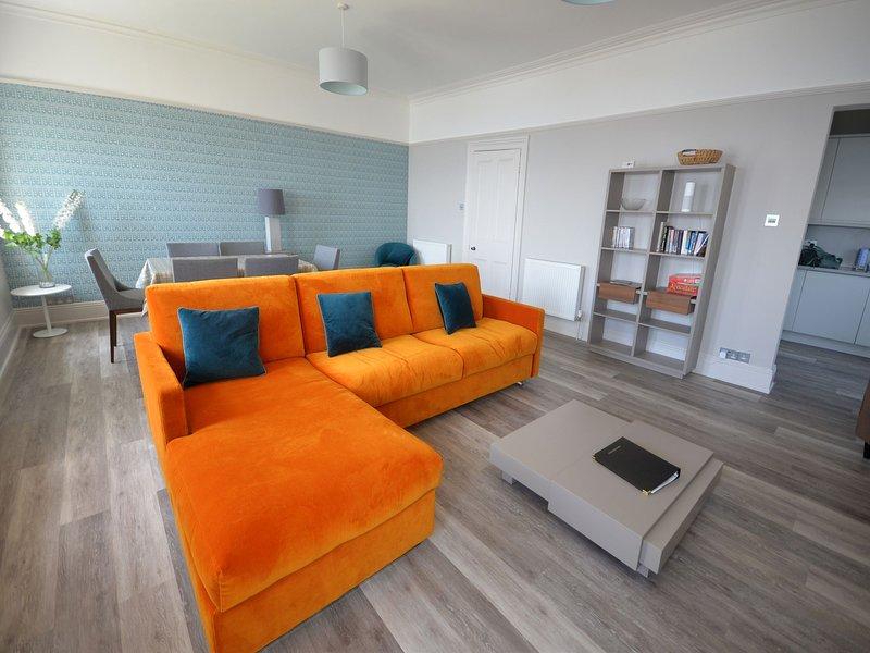 Sir Arthur Conan Doyle Apartment (No 6) 1 Elliot Terrace - Very spacious stylish, Ferienwohnung in Down Thomas