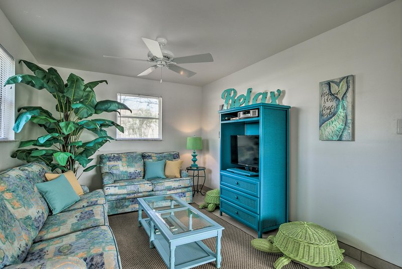 Your group of 4 will fall in love with this 1-bed, 1-bath vacation rental home.