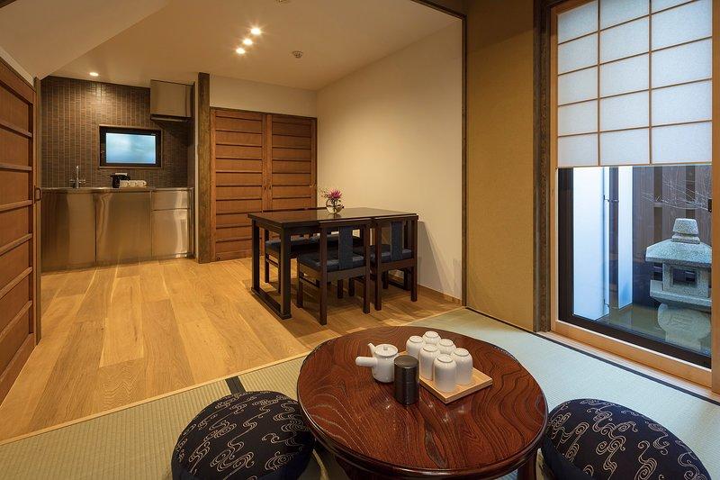 NEW! MACHIYA VILLA Spacious Traditional House x 2 BEDROOM x FREE WiFi (64m²), alquiler vacacional en Otsu