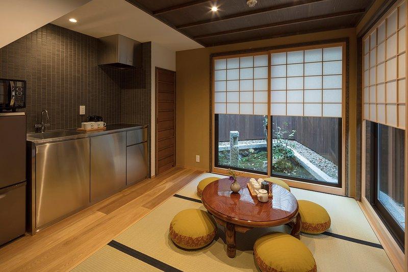 NEW! MACHIYA VILLA Traditional x 2 BEDROOM x FREE WiFi x 10 min. to GION (55m²), alquiler vacacional en Otsu