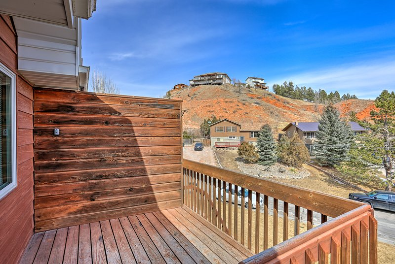 Retreat to the hills of Rapid City and stay at this vacation rental apartment!