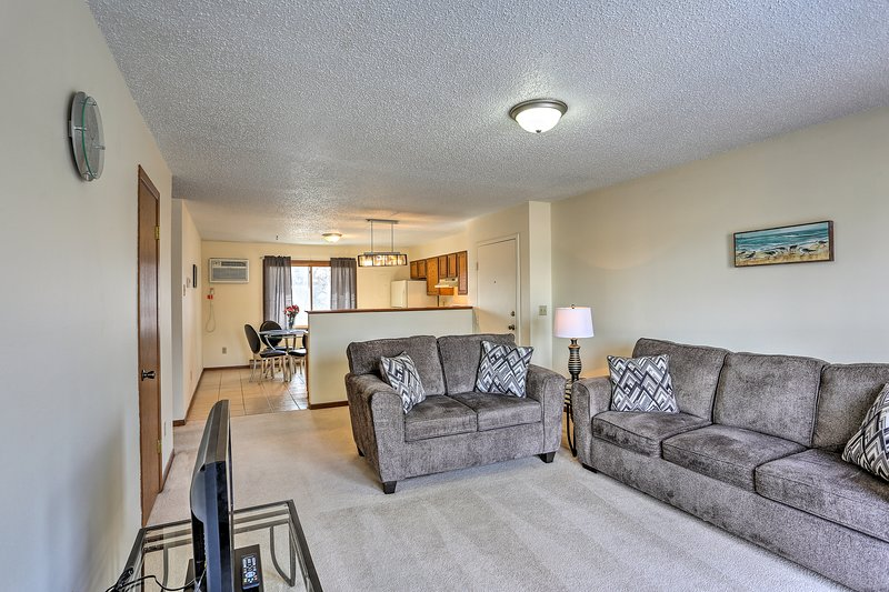 Find your home-away-from-home at this Rapid City vacation rental apartment!