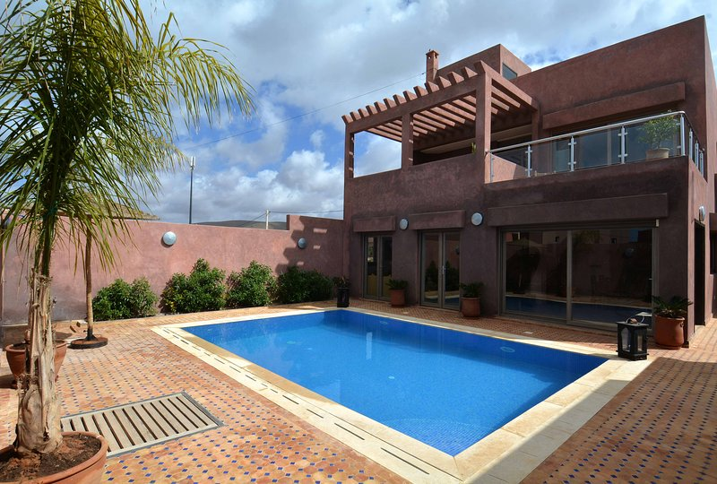 Villa «Amyour Roa» Locations de vacances,Yoga, Surf & Stand-up-Paddle, vacation rental in Mirleft