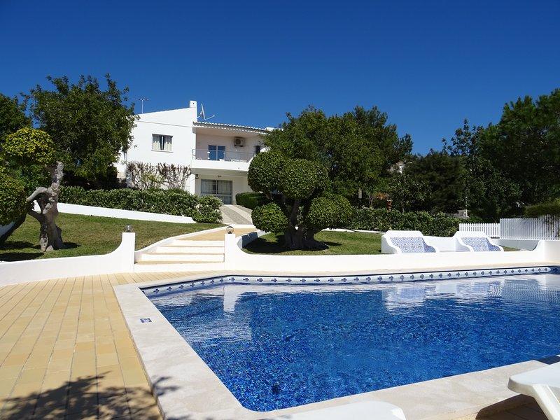 Villa Miramar w/ Amazing Sea View, private pool,AC,wifi, location de vacances à Guia