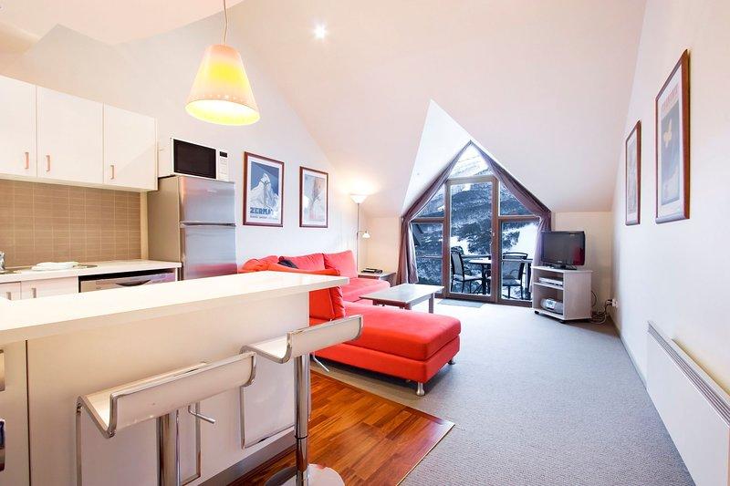 Thredbo Lantern 32- Loft Lounge/ Dining