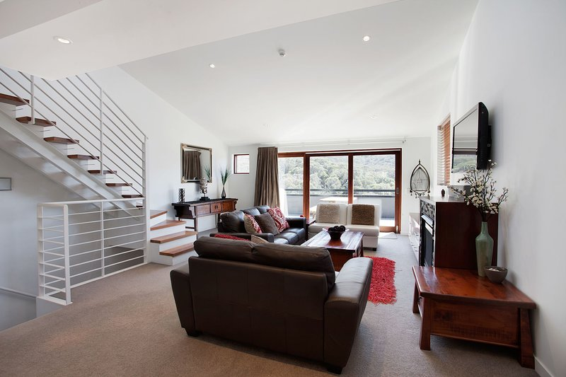 Thredbo Elevation 2 Lounge