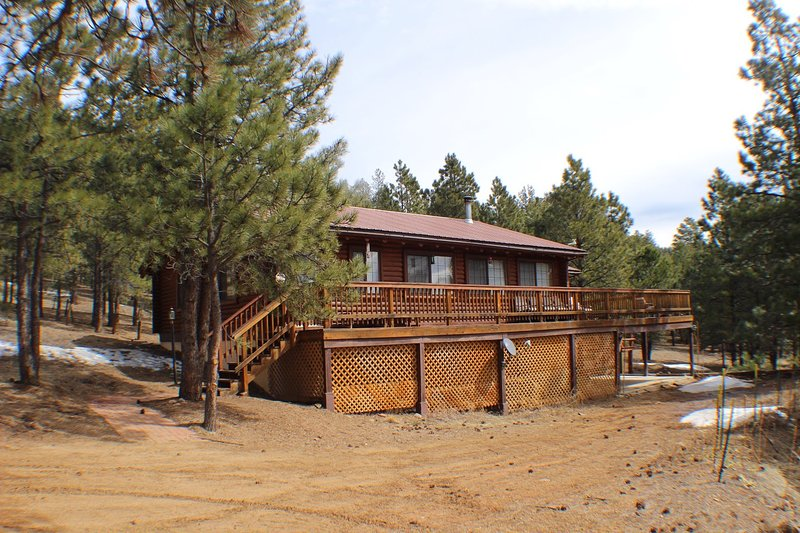 Pet Friendly Log Cabin In Peaceful Location 5 Min To