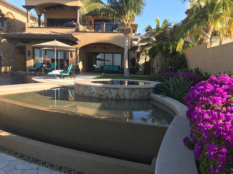 NEW YEARS IN CABO .  OCEAN FRONT  VILLA AT QUIVIRA GOLF COURSE ., holiday rental in Los Cabos