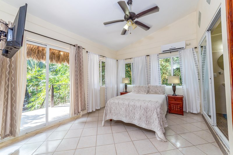 Confort meets Adventure at Mayan Villas Hotel, holiday rental in Chiquila