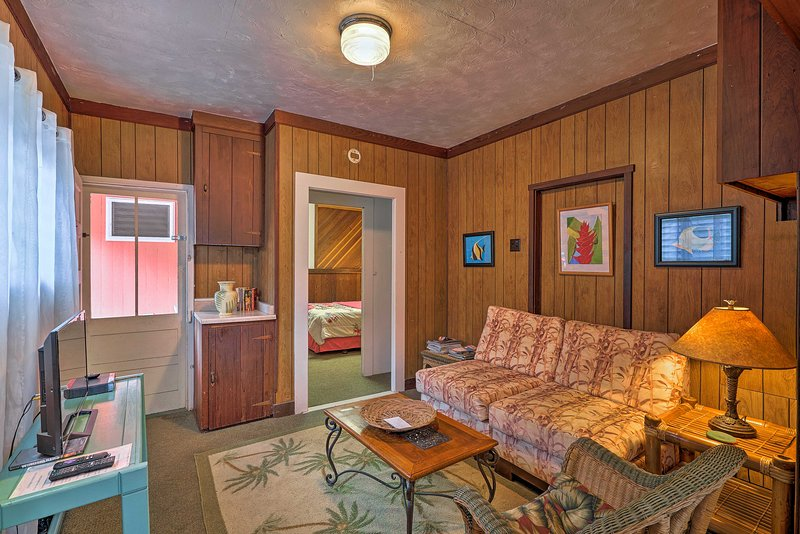 Discover the beautiful Big Island at this vacation rental apartment!
