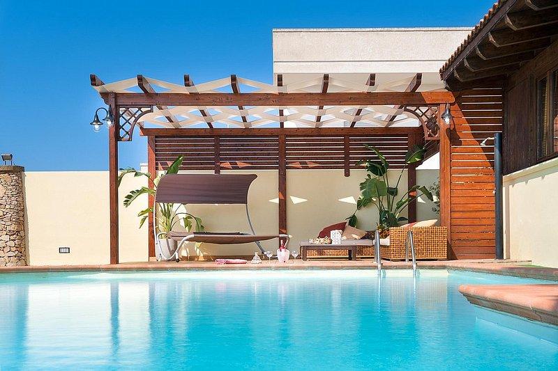 Villa Plutone, holiday rental in Baia di Gallipoli